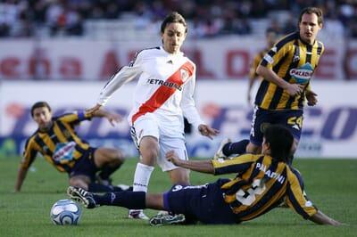 football_argentina_primera-division_river-plate_rosario.