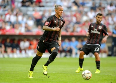 football_italy_ac-milan_mexes_serie-a.