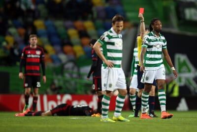 football_red-card_portugal_primeira-liga_sporting.
